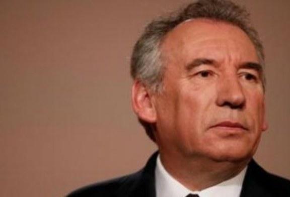 Castaner ouvre la voie à un retour de Bayrou