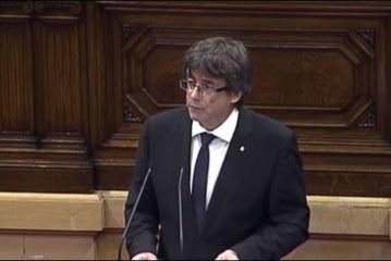 PUIGDEMONT PROMET L'INDEPENDANCE de la Catalogne mais tend la main à Madrid