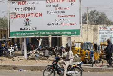 LE JUGE ANTI-CORRUPTION du Nigeria accusé de… corruption