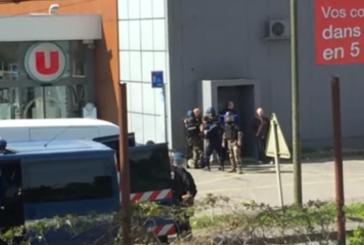 EN DIRECT : à Trèbes, le preneur d'otages demande la libération d'Abdeslam