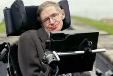 LE PHYSICIEN Stephen Hawking a perdu son dernier pari