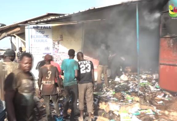 ZIGUINCHOR : Une cantine de matériels électroménager prend feu à la gare routière