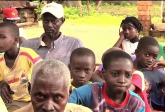 LA RECONNAISSANCE du village de reclassement de Teubi à Mamina Kamara