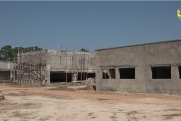 VISITE DE CHANTIERS: Kourfia Kéba Diawara exhorte les entreprises en charge des chantiers de l'université à faire du ''FAST TRACK'' avec le nouvel an