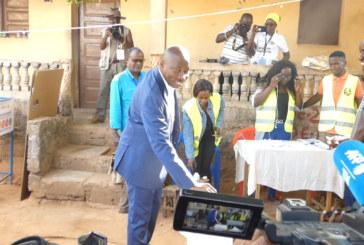 Guinée Bissau : Les électeurs accomplissent le vote dans le calme